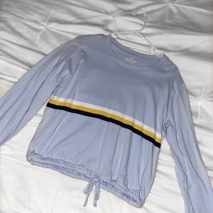 hollister light blue cropped long sleeve t-shirt